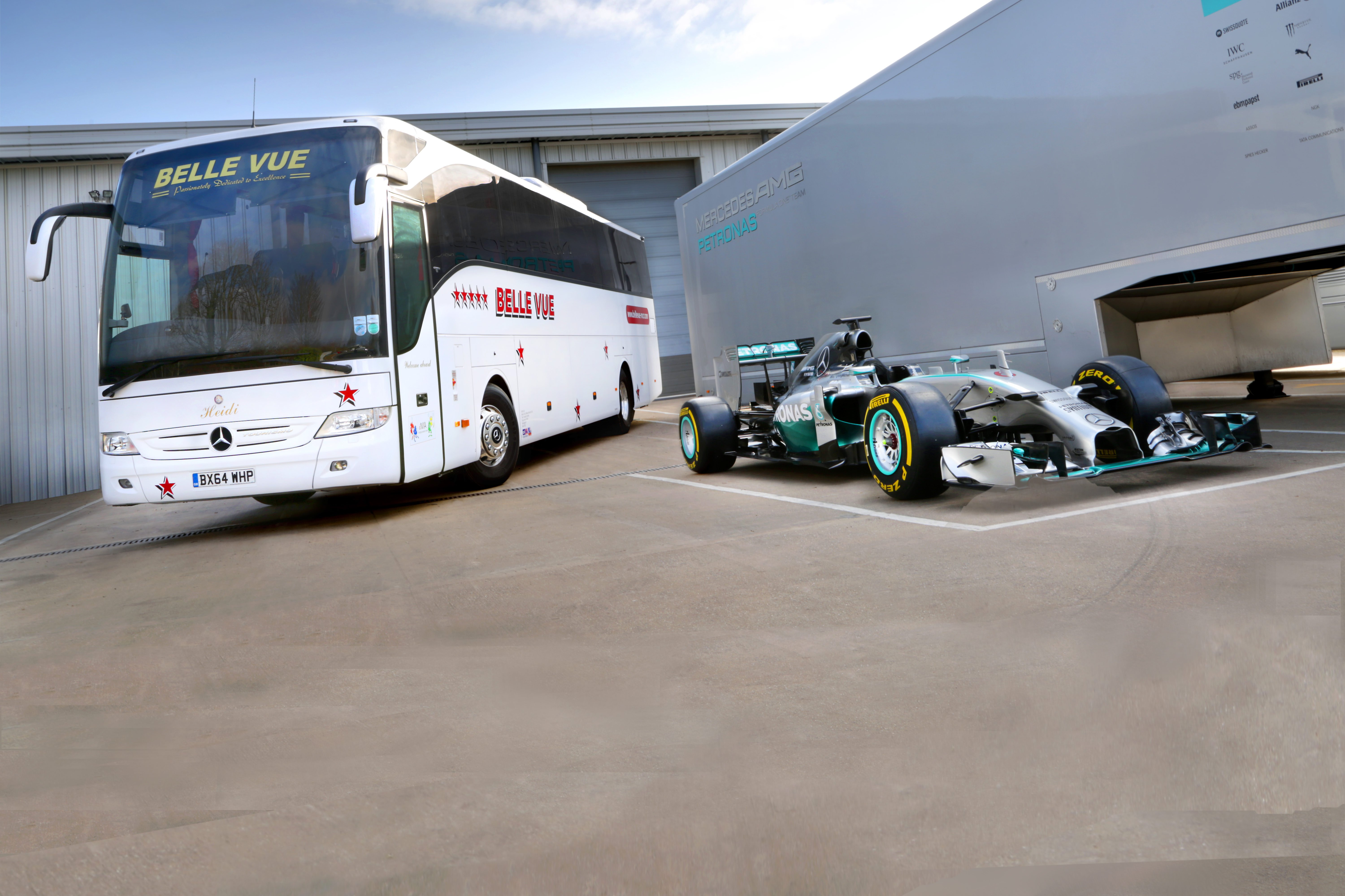 49-Seater-Mercedes-F1extended